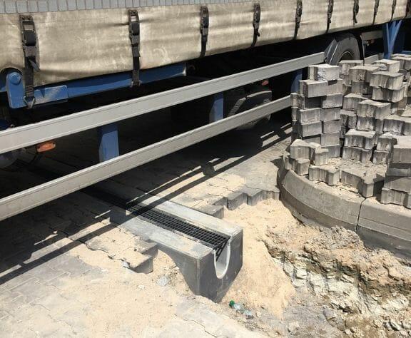 odwodnienie liniowe z betonu